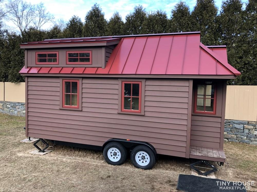 Tiny House Brand New Tumbleweed Cypress 20' Overlook w/custom finishes 9