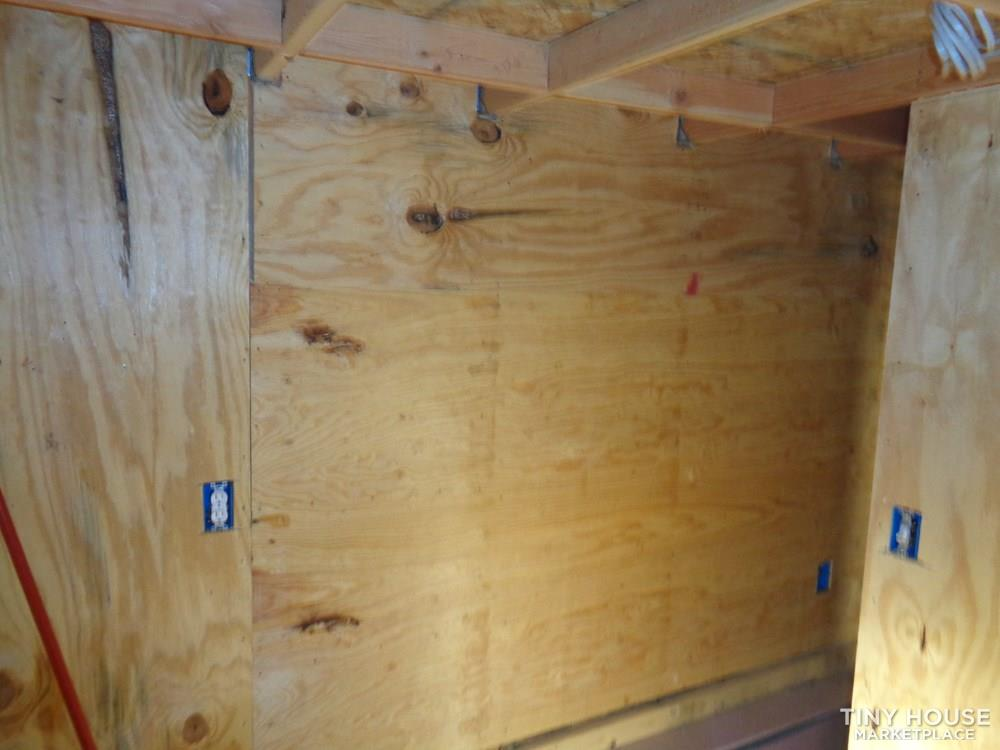 Tiny House For Sale(Rustic) 4