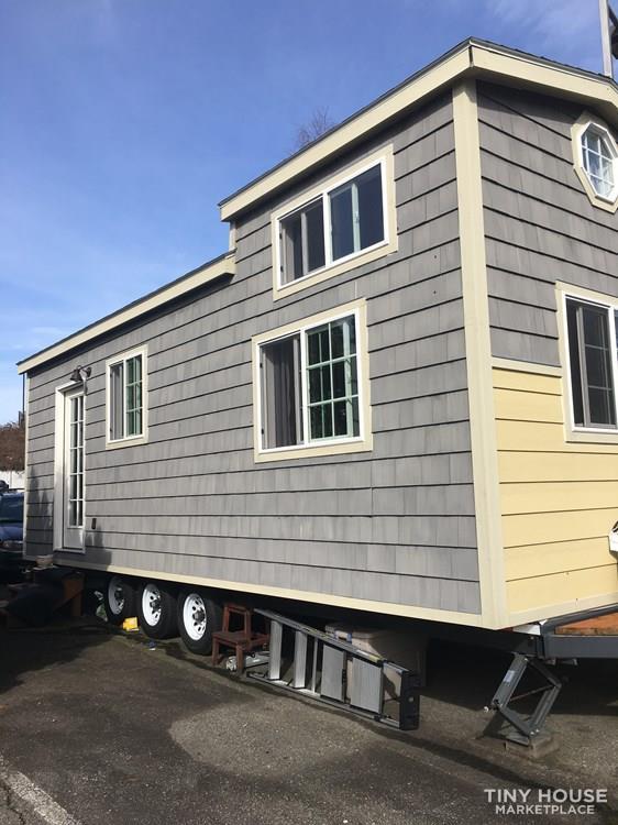 Tiny House For Sale Tiny House On Wheels 26