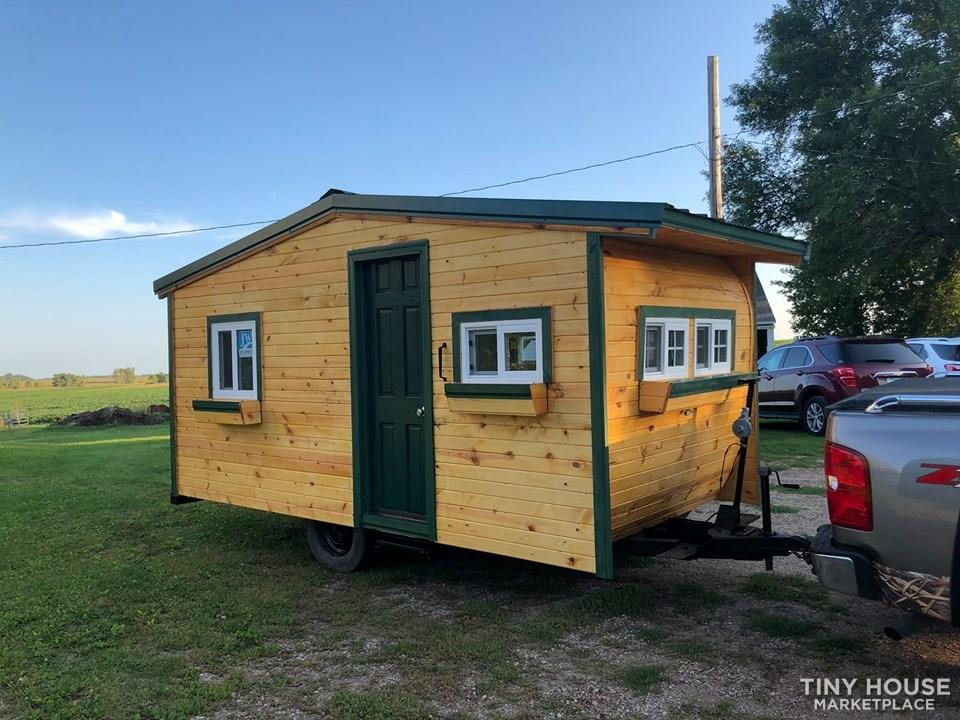 Tiny Lake Home/Cabin/Trailer totally remodeled for comfort and convenience