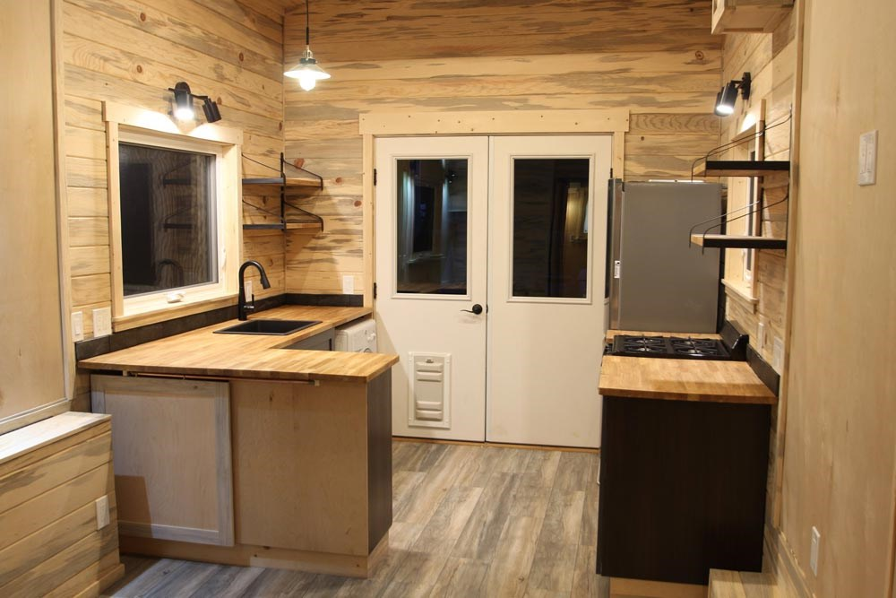 Park Model Tiny Home - 10x32 for sale 9