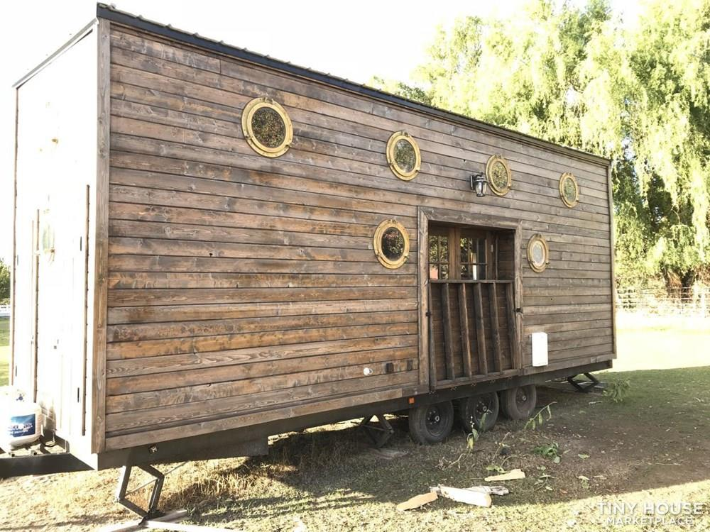 YOU WONT FIND A BETTER DEAL FOR A COMPLETED TINY HOUSE OF THIS SIZE 2