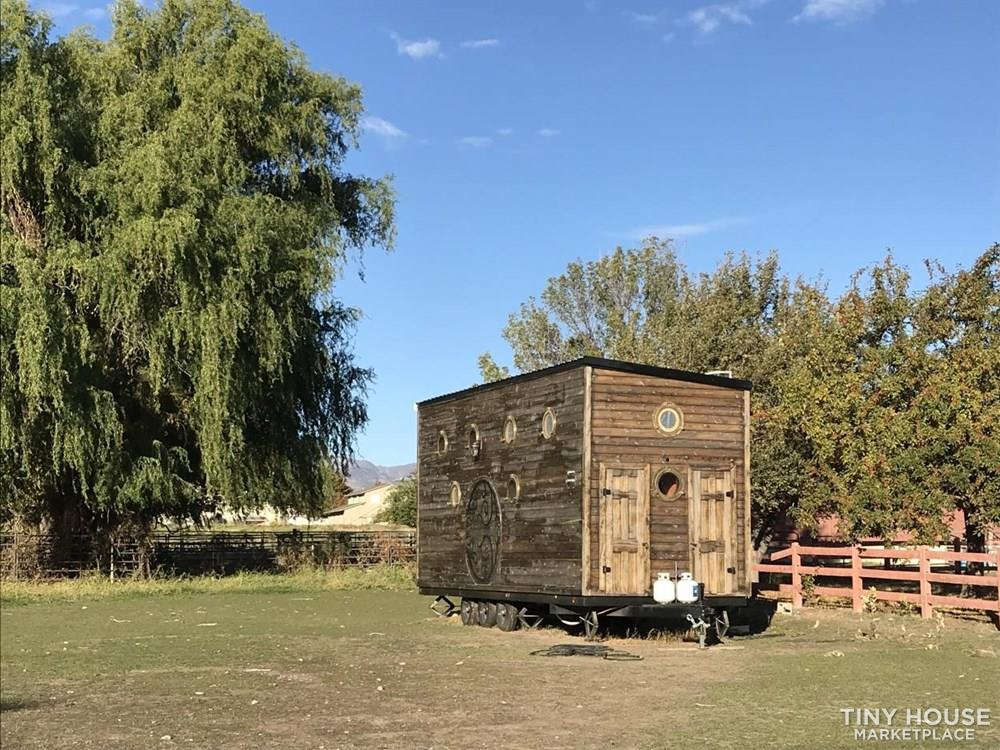 YOU WONT FIND A BETTER DEAL FOR A COMPLETED TINY HOUSE OF THIS SIZE 4
